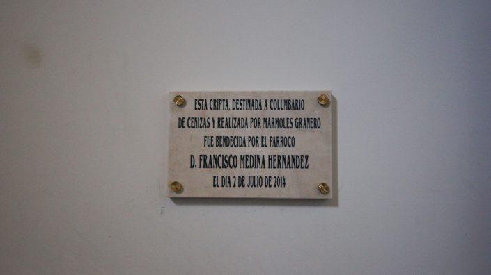 Placa conmemorativa Columbario de San Pedro